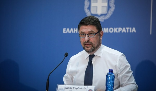 Κορονοϊός: Πρόσθετα περιοριστικά μέτρα σε Μύκονο και Σαντορίνη